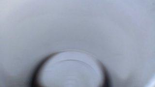 メダカの飼育容器に使う白い容器