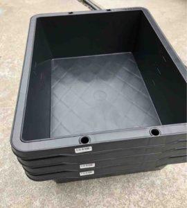 メダカの飼育容器は「黒」ホームセンターで、黒のプラ舟(プラ箱)は見つかるか?